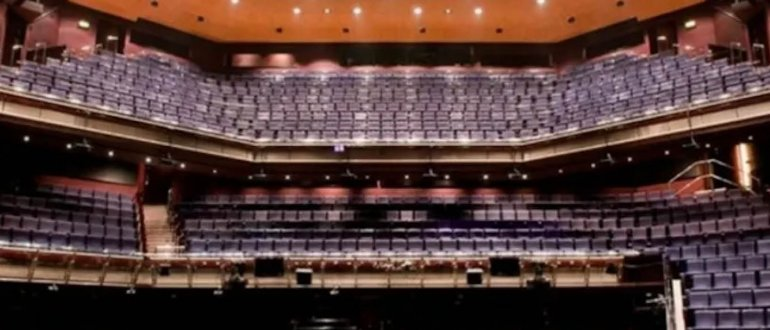 La Multiwash de Truvox International joue un rôle central dans la réouverture du Théâtre Royal de Plymouth
